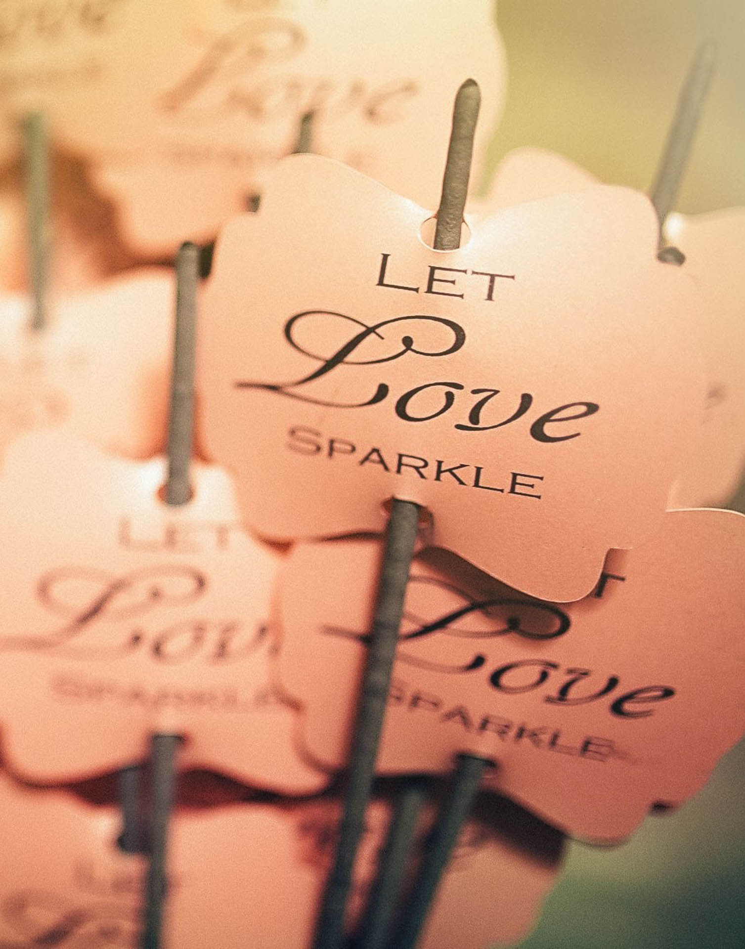 Love quote decor barin multivenues reception halls events - 1