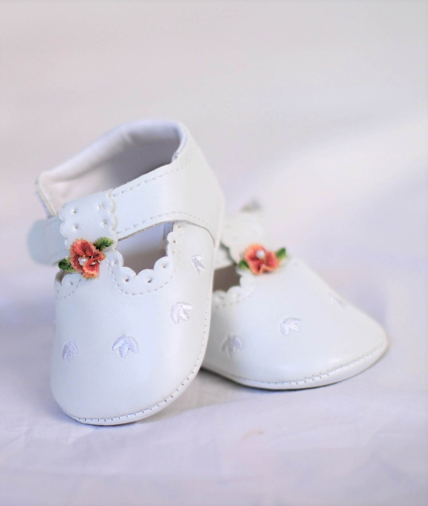 White baby baptism shoes barin multivenues baptism reception halls - 28