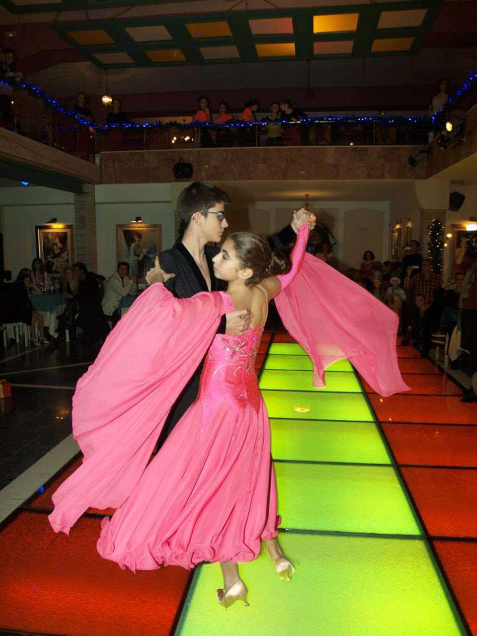 Young couple dancing at barin event dance halls - 8